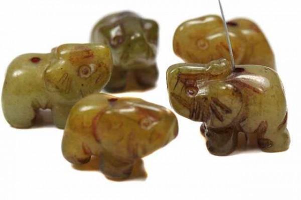 Elefant mit Bohrung, 15mm, Jade gebrannt (Serpentin)