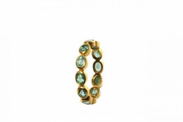 Ring Größe 55, 18K Gelbgold mit 12 facettierten Smaragden