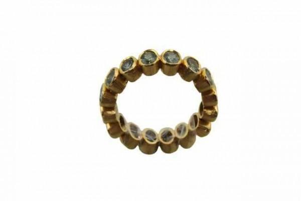 Ring Größe 55, 18K Gelbgold mit 16 facettierten grünblauen Saphiren