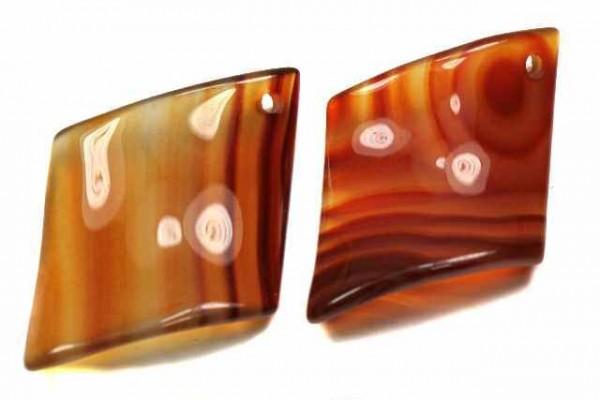 Raute gewölbt mit Bohrung, 40mm, Karneol gef.
