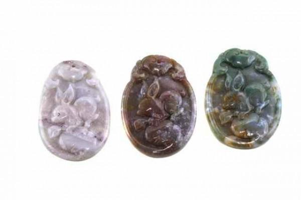 Hasen-Amulett mit 1mm Bohrung, 35x50mm, Achat